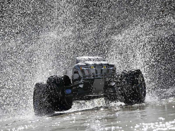 Traxxas E-MAXX RTR Brushless 2.4 GHz